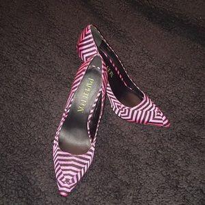 Shoes - Women's pumps shoes size 6.5